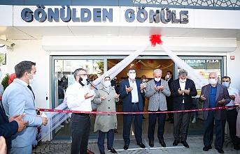 Ümraniye Belediyesi Bünyesinde Gönülden Gönüle Giyim Mağazası Açıldı