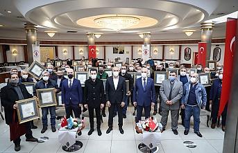 Ümraniye Belediyesi 25 Yılını dolduran Esnaflarla Biraraya Gelmeye Devam Ediyor