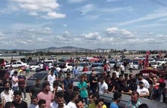 Modifiyeli araçlar Sancaktepe'de ilgi odağı oldu