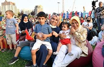 Sancaktepe'de Meydan Parkta Çocuklar İçin Eğlence Vakti