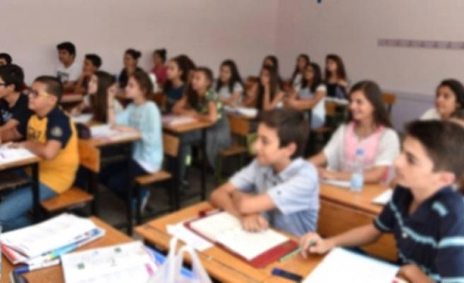 Aile Bakanlığı 18 bin öğrenciye eğitim yardımı yapacak