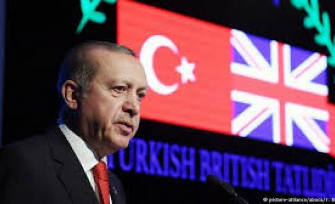 Cumhurbaşkanı Erdoğan'dan Avrupa Birliği müzakereleri için referandum  sinyali