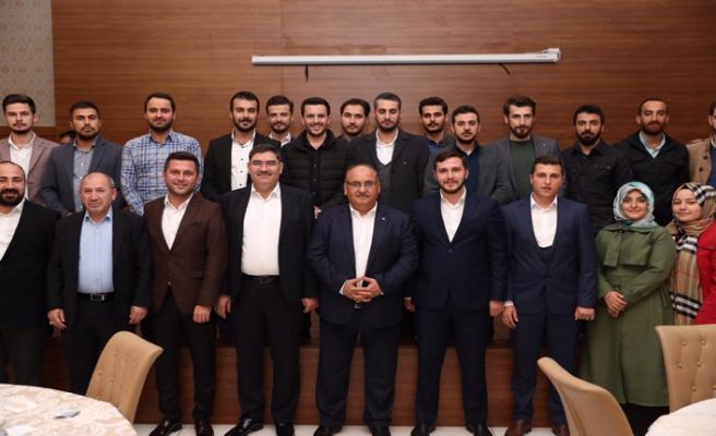 Başkan Hasan Can AK Parti Ümraniye İlçe Gençlik Kollarının Ahde Vefa Programına Katıldı