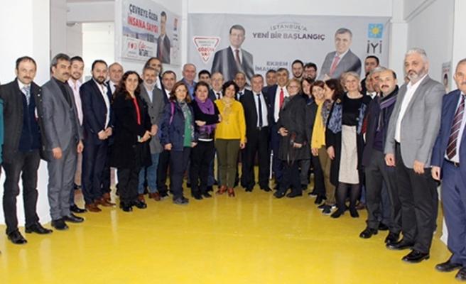 CHP Ümraniye Belediye Başkan Adayı Cafer Aktürk Ekibini ve Projelerini Tanıttı