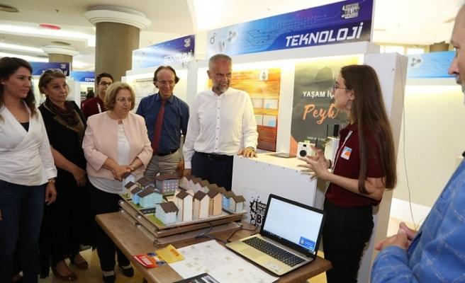 Prof. Dr. Fuat Sezgin Uluslararası Bilim Olimpiyatları'nda Final Sergisi Açıldı
