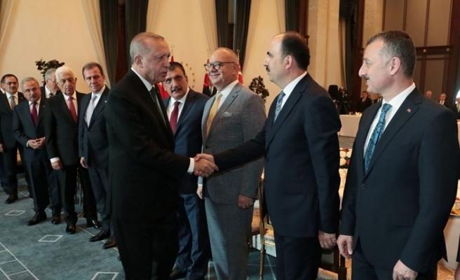 Beştepe'de büyükşehir başkanları toplantısı