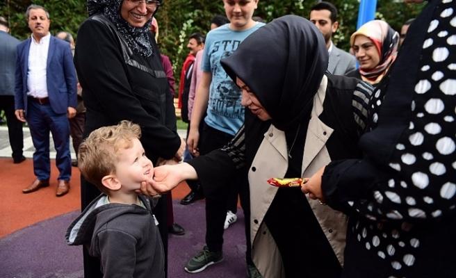 Sancaktepe Belediyesi Çocukların Yüzünü Güldürüyor