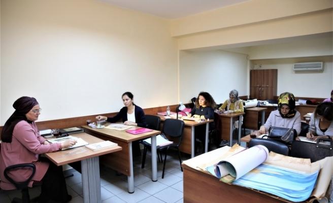 Ümraniye Belediyesi Bünyesinde Geleneksel Sanatlar Akademisi Eğitimleri Başladı