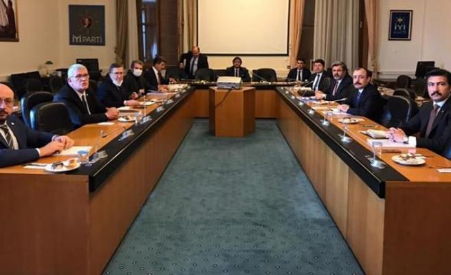 AK Parti'den Siyasi Partilere İnfaz Düzenlemesi Ziyareti
