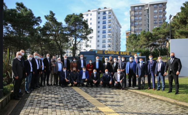 Çekmeköy Belediye Başkanı Ahmet Poyraz Muhtarları Dinledi
