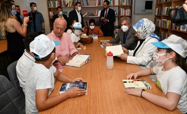 Türkiye'nin 8'nci AVM kütüphanesi Sancaktepe'de açıldı