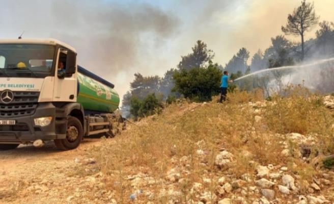 Sancaktepe Belediyesi Tarafından Yangın Bölgesine Araç ve Ekipman Desteği