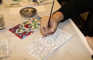 Geleneksel Sanatlar Ümraniyeli Kadınların Hünerli...