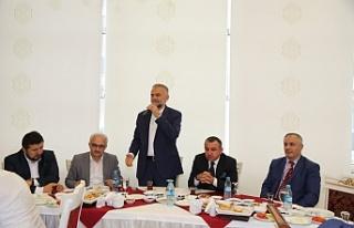 Başkan Poyraz Çekmeköy'deki Din Görevlilerini...