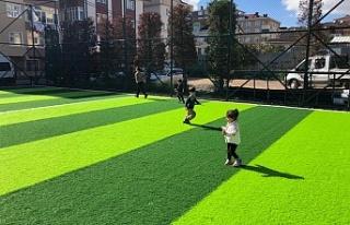 Ümraniye'de Parklar Yenileniyor, Çocuklar Doyasıya...