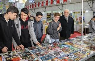Çekmeköy Kitap Fuarı ünlü isimleri ağırlamaya...
