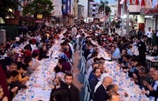 Binlerce Sancaktepe'li Gönül Sofraları'nda...