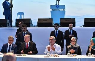 Üsküdar'da 100 Bin Kişilik İftarda Cumhurbaşkanı...