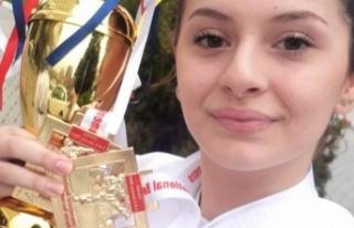 Uluslararası Boğaziçi Karate Turnuvası'nda Beyzanur...