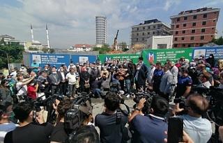 Yenidoğan'da İptal edilen metro önünde basın...