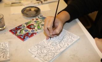 Geleneksel Sanatlar Ümraniyeli Kadınların Hünerli Ellerinde Can Buluyor