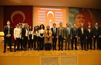 Ümraniye'de İstiklal Marşı'nın Kabulü ve Mehmet Akif Ersoy'u Anma Programı Düzenlendi