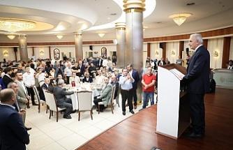 Ümraniye Belediye Başkanı İsmet Yıldırım MHP Ümraniye Teşkilatı ile İftarda Buluştu