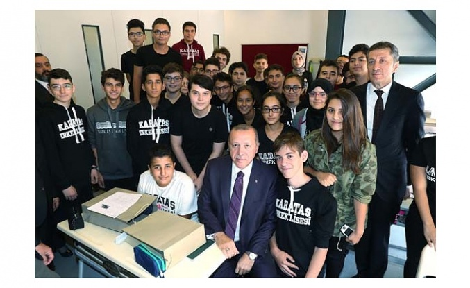 Cumhurbaşkanı Erdoğan'a yoğun ilgi!