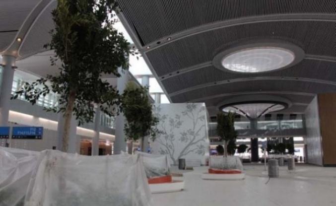 Açılışına sayılı günler kala yeni havalimanını su bastı