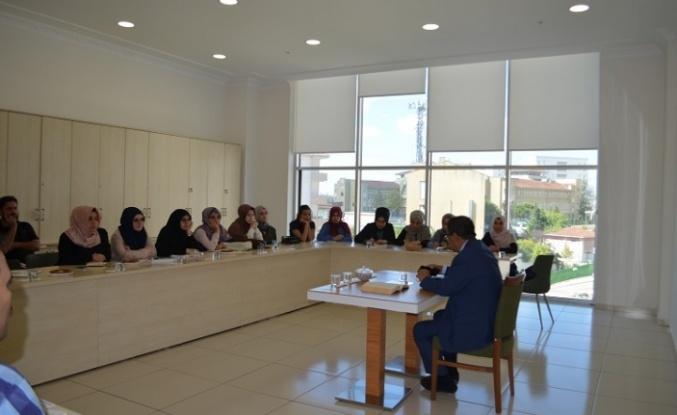 Sancaktepe Genç Gelecek Edebiyat Kulübü Yazar Hayati İnanç ile Fuzuli Divanı düzenledi