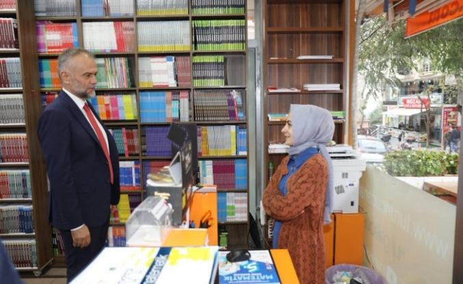 Başkan Ahmet Poyraz'dan Mehmet Akif Mahallesi'nde Esnaf Ziyareti