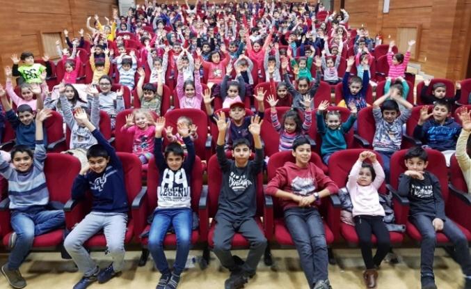 Ümraniye Belediyesi Yarıyıl'da Öğrencileri Unutmuyor