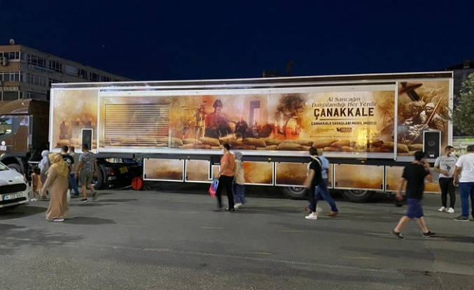 Mobil Çanakkale Müzesi Ümraniye'de Vatandaşlarla Buluştu