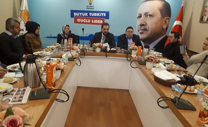 AK Parti Üsküdar İlçe Teşkilatı Yerel Basın Temsilcileriyle Buluştu