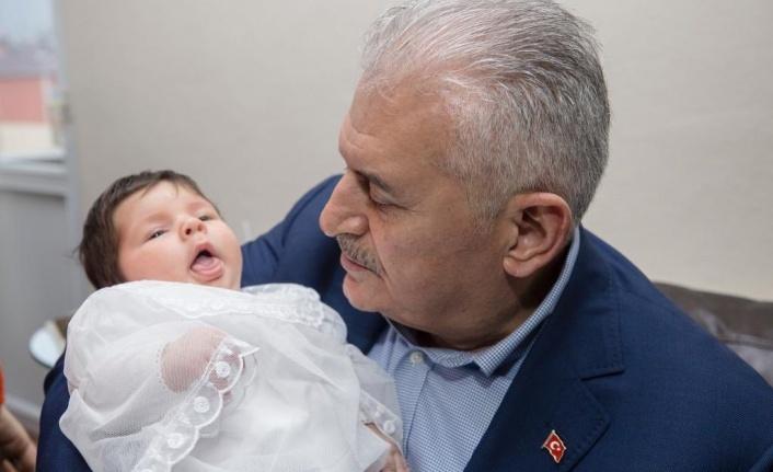 Binali Yıldırım Ataşehir'de Vatandaşları Ziyaret Etti