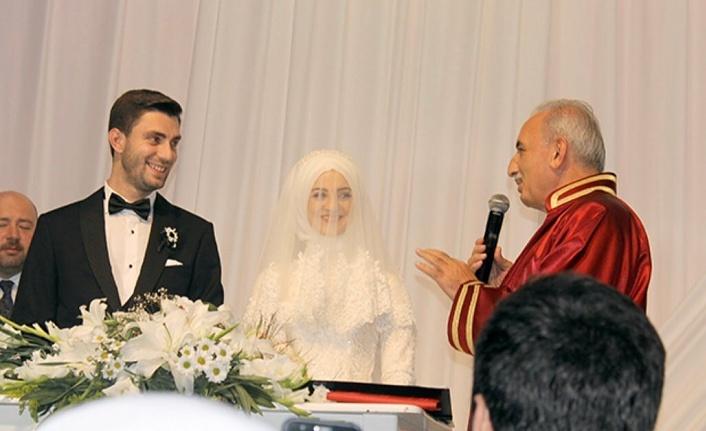 Siyaset ve İş Dünyasını Buluşturan Düğün